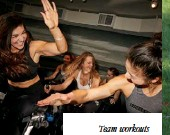 ??  ?? Team workouts FROM LEFT: OPRAH ON A GROUP RUN, KIM KARDASHIAN WEST AT BARRY'S BOOTCAMP AND A SOULCYCLE CLASS