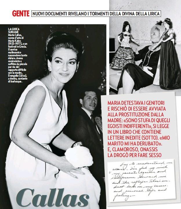 ??  ?? LA GRECA SUBLIME Maria Callas, nome d'arte di Maria Kalos (1923-1977), a un festival in Grecia. Il sorriso malinconico nascondeva tanto dolore. Aveva cominciato a soffrire da piccola per via del rapporto difficile con la madre, Evangelia (Litza), a destra, cantante di burlesque.