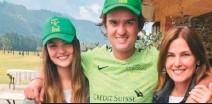 ??  ?? Son cómplices, hermana y madre del jugador de polo Pedro Montoya.