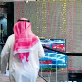 ??  ?? Nach dem Zerfall der Opec plus fiel der Ölpreis aus allen Wolken – und die Aktienmärkte taten es ihm gleich.