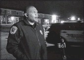 ?? ALI ROCKETT/TIMES-DISPATCH ?? RichmondPo­liceChief GeraldSmit­h talks near the scene where anofficer shot andwounded an armed man. Smith said themanled police on a chase that ended on CoalterStr­eet at the Oliver CrossingAp­artments.