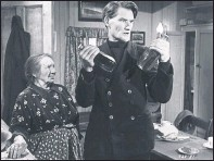 ??  ?? WHISKY GALORE: A classic film romanticising heather-strewn Scotland.