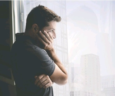 ?? GETTY IMAGES ?? Men are often less able to talk about emotional challenges, and because of this, are often less resilient in the face of various life's stressors. They also have fewer intimate friendships and have weaker social support systems, writes John Izzo.