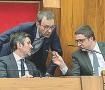 ??  ?? Consiglio Il governatore Maurizio Fugatti (a destra), insieme agli assessori Achille Spinelli (a sinistra) e a Roberto Failoni (al centro)