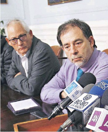?? FOTO: ATON ?? ►► El presidente del PPD, Gonzalo Navarrete, y el senador Guido Girardi.
