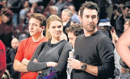 ?? DAVID LIAM KYLE/ GETTY IMAGES ?? La mujer más sexy del mundo tiene novio: Justin Verlander, jugador de béisbol de los Detroit Tigers