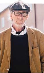 ??  ?? ARNE HÖÖK Gästkrönikör, tidningsmurvel och stockholmare, jobbade tidigare på bland annat Aftonbladet i 25 år.