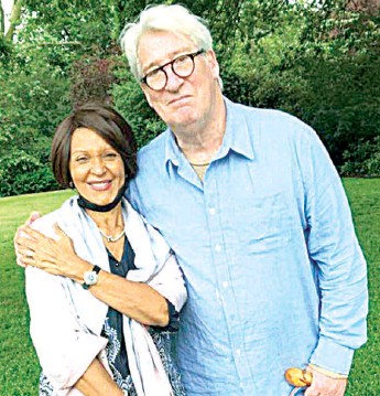 ??  ?? A chance meeting of two media moguls… Lady Maiden Alex- Ibru with Dr. Jeremy Paxman in Ladbroke Square Gardens in The Royal Borough of Kensington & Chelsea, London, the United Kingdom… recently