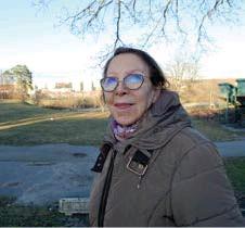 """??  ?? BOTT LÄNGE. """"Grillkvällarna var bra, men polisen borde vara här oftare"""", tycker Jolet Prat, som bott i Östberga sedan 1977."""