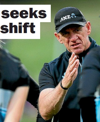 ??  ?? White Ferns coach Bob Carter, above, has challenged his players to lift their allround games, with Leigh Kasperek, left, improving quickly this season on the internatio­nal stage.