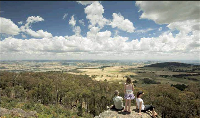 ?? PHOTO: Strathbogie Shire Council ?? VIEWS FOR MILES: Mt Wombat in the Strathbogie Shire offers brilliant views any time of the year.