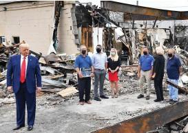 ??  ?? Devastation: Donald Trump visits Kenosha yesterday