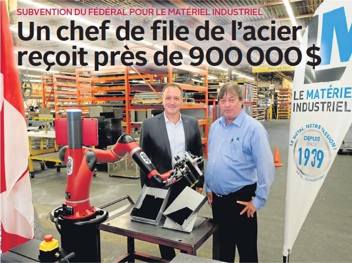 Un chef de file de l'acier reçoit près de 900 000 $
