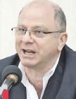??  ?? Beltrán Macchi, titular de la Federación de la Producción, la Industria y el Comercio, pide frenar creación de distritos.