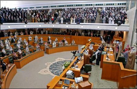 ??  ?? جلسة للبرلمان الكويتي بحضور اعداد كبيرة من المواطنين الزوار