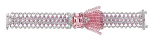 ??  ?? Yoshino bracelet in white gold with diamonds, morganite, opal, pink sapphires and tourmaline­s