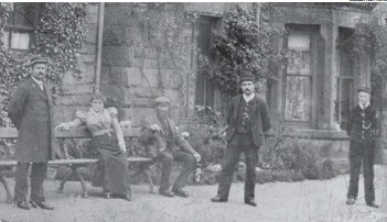 ?? SUBMITTED PHOTO ?? Goathland Station staff pictured around 1900.