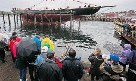 ?? ANDREW VAUGHAN/THE CANADIAN PRESS ?? The rebuilt Bluenose II, Nova Scotia's sailing icon, returns to the water in Lunenburg, N.S.