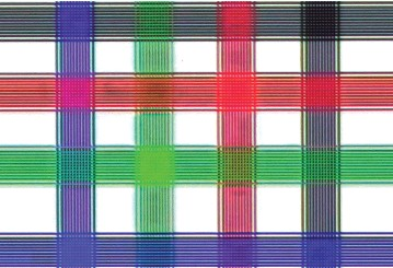 ??  ?? ▶ With our standard UHD test pattern, the Sony projector etched each line with a discrete clarity and richness of colour beyond the best of the pixel-shifting wannabees.