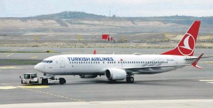 ??  ?? A Turkish Airlines Boeing 737 Max aircraft is seen at Istanbul Airport, Turkey, April 15, 2021.