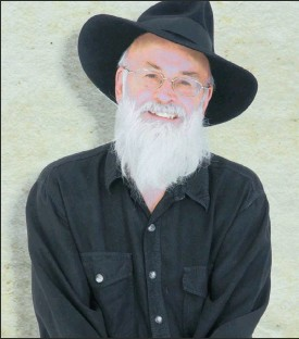 ??  ?? OLD BARD: Terry Pratchett's final book is the last instalment of the Tiffany Aching series.