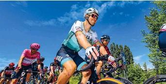 ?? BETTINI ?? Fenomeno Peter Sagan, 31, alla Bora-Hansgrohe 2017. Ha vinto l'oro su strada ai Mondiali nel 2015, 2016, 2017