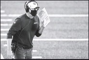 ?? Elsa / Getty Im­ages ?? Head coach Adam Gase and the Jets re­ceived a scare Fri­day af­ter a pre­sump­tive pos­i­tive coro­n­avirus test closed down the team's fa­cil­ity. The player and the re­main­der of the team later tested neg­a­tive.