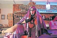 ??  ?? Además de ser un movimiento, el drag es un trabajo y hay quienes viven de dar shows.