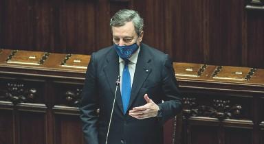 ??  ?? Determinato Il presidente del Consiglio dei ministri, Mario Draghi, vuole evitare altre chiusure per il Covid