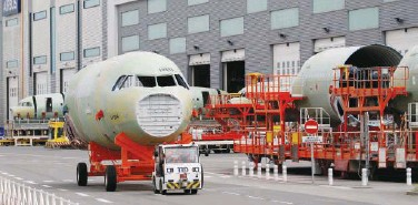 ?? Reuters ?? ↑ A view of an Airbus A320-family aircraft in Montoir-de-bretagne, France, on Tuesday.