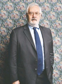 ?? ANDREW H. WALKER/GETTY IMAGES FOR THE 2014 TRIBECA FILM FESTIVAL ?? Barney Frank has been on Signature Bank's board for three years.