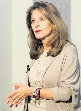 ??  ?? Marta Lucía Ramírez ha dicho que por ahora su objetivo es ayudar al presidente Duque a liderar el Plan de Nacional de Vacunación contra el Covid-19.