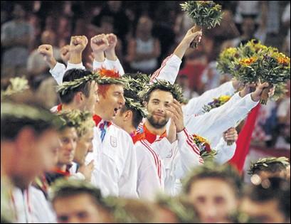 ??  ?? ATENA 2004 Osim zlatnih medalja naši rukometaši dobili su na glavu i lovorove vijence
