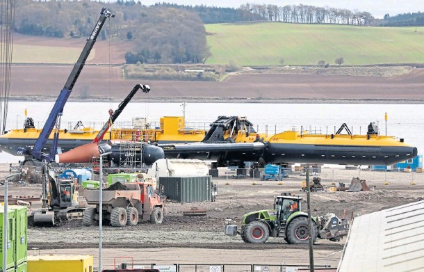 ??  ?? GROUNDBREAKING: The Dundee-manufactured Orbital O2 2MW is being launched from the city's port next week. Picture by Gareth Jennings.
