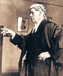 ??  ?? In court: New Zealand Lawyer AC Hanlon, famous for his involvement in the Minnie Dean murder trial.