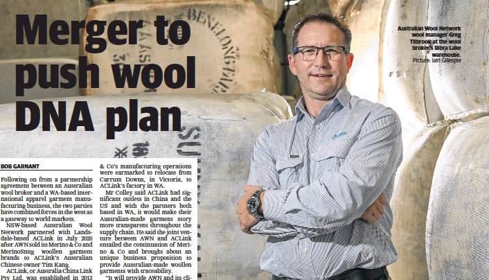 ?? Picture: Iain Gillespie ?? Australian Wool Network wool manager Greg Tilbrook at the wool broker's Bibra Lake warehouse.