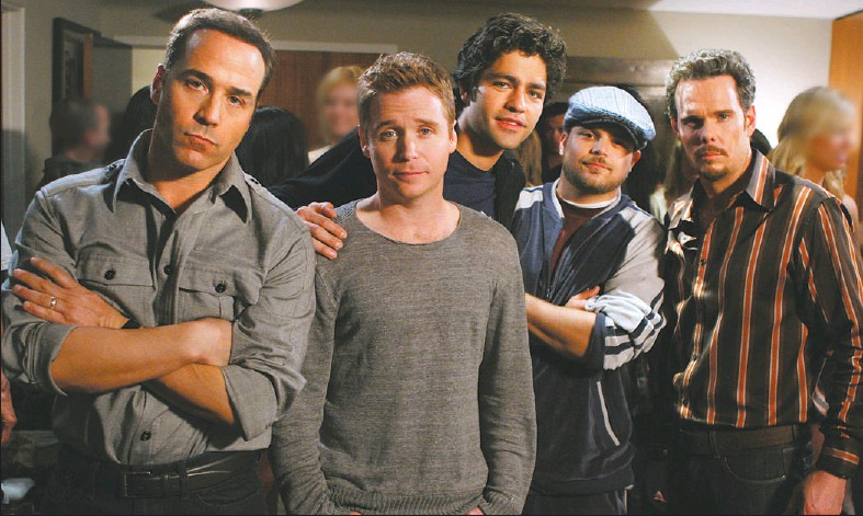?? PHOTO COURTESY HBO ?? Hollywood at its sleaziest, and the best comedy on television: Entourage cast Jeremy Piven (left), Kevin Connolly, Adrian Grenier, Jerry Ferrara and Kevin Dillon.