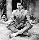 ?? COLLEEN COPLICK, CANWEST NEWS SERVICE ?? Yoga is a wonderful way to keep the body limber, so a gift of yoga lessons for Dad this Father's Day is a great idea to improve his health.