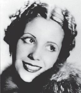 ?? ARCHIVO CLARIN ?? 1940. Eva cuando hace papeles breves en cine.