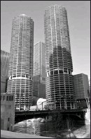 ??  ?? If it's ar­chi­tec­ture tourists want to see, a Greeter will show them Trump Tower, Ma­rina City and other spots.