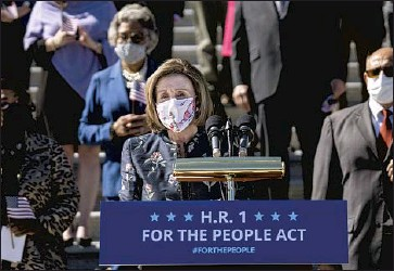 ?? Kent Nishimura Los Angeles Times ?? SPEAKER Nancy Pelosi, nearly 81, has signaled she won't hold her post much longer — and after more than 30 years without a shot at an open House seat, many San Francisco politicians are itching to succeed her.