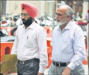 ?? HT PHOTO ?? Enforcement Directorate assistant director Niranjan Singh at the district courts in Jalandhar on Tuesday.