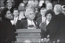 ?? LINDY RODMAN/TIMES-DISPATCH ?? L. Douglas Wilder, who took the oath of office in January 1990, was the nation's first elective Black governor.