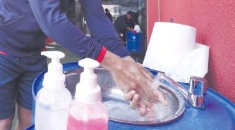 ??  ?? Una reducción de contagios solo es posible aplicando todas las medidas sanitarias, dice Salud.