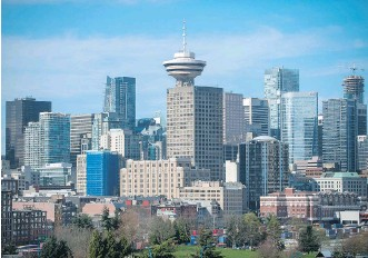 ?? ARLEN REDEKOP ?? Between 2005 and 2015, 86,000 people aged 20-34 were added to the population of Metro Vancouver, an 18 per cent increase. As of 2015, there were an estimated 569,000 millennials in the metro area.