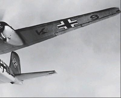 ??  ?? Le FockeWulf 200 codé SG+KS du I/ KG 40 le 18 janvier 1941. Le 18 juillet de la même année, il fut abattu par la DCA lors de l'attaque du convoi OB436.