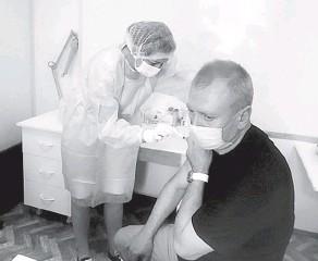 ?? Фото city-yaroslavl.ru ?? Временные пункты вакцинации организуются в том числе и по месту работы.