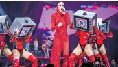 ?? CHAD BATKA/NEW YORK TIMES ?? Katy Perry performs during her 2017 Witness tour at Madison Square Garden in New York. A smaller artist won a $2.78 million victory over Perry and her cowriters on Thursday and shows technology may be outpacing copyright law.