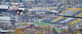 ?? JOHN RENNISON/THE HAMILTON SPECTATOR FILE PHOTO ?? The Tim Hortons stadium in Hamilton is on budget, but not on time.