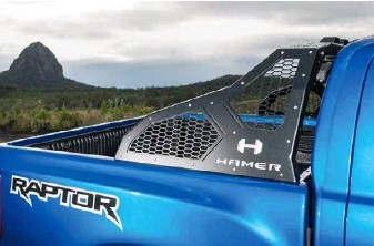 ??  ?? THOR'S HAMER For that Killa look, the Raptor wears stylish Hamer 4x4 armour top, bottom and forward.